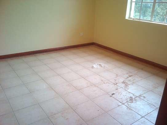 3 bedroom apartment for rent in Riruta image 6
