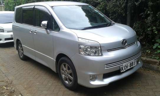 Toyota Noah 7sitter for Hire