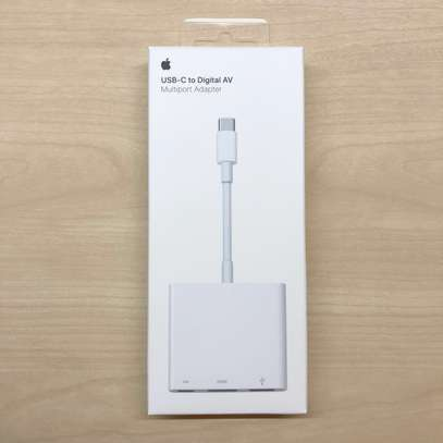Apple USB Type-c Digital AV Multiport Adapter image 5