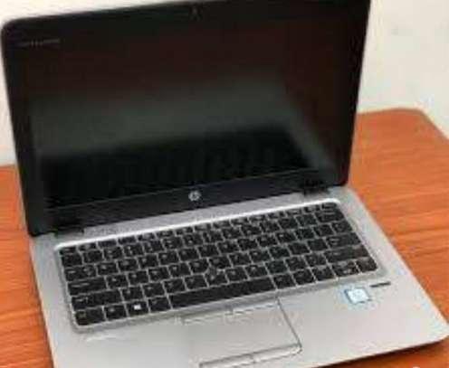 Hp Elitebook 820 g3 8GB/256SSD TouchScreen image 1