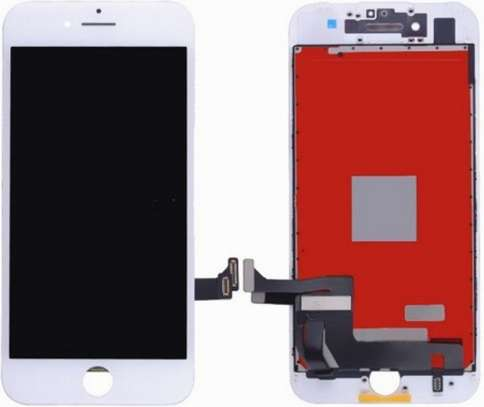 Iphone 7cracked screen replacement service image 3