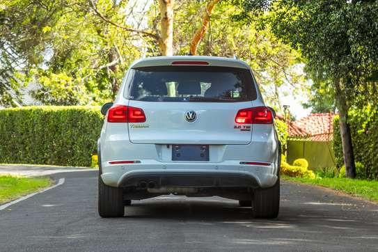 Volkswagen Tiguan image 6