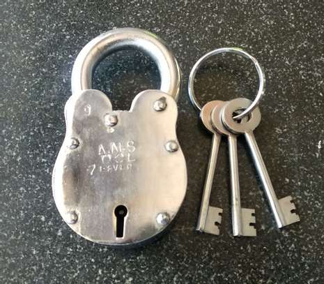 Locksmith specialist |Experienced, licensed & Vetted locksmiths.Free Quotes. image 13