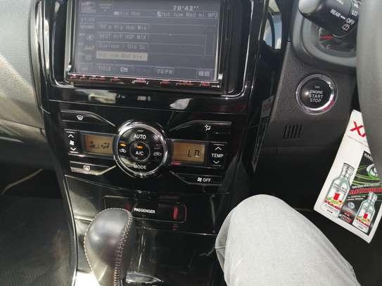 Toyota fielder X202 2012 image 5