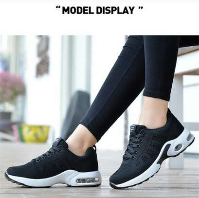 Comfy fashion sneakers image 3