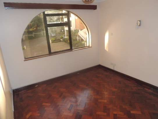 3 bedroom apartment for rent in Milimani image 10