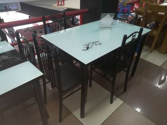 Dinning Table Y95 image 3
