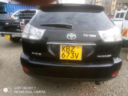 Toyota.harrier image 2