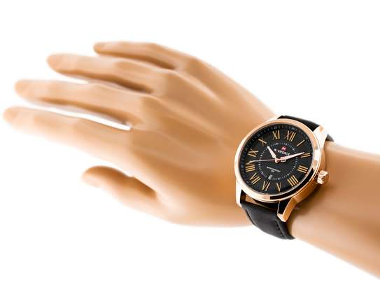 NAVIFORCE Casual/Official Luxury  Leather Wristwatch Waterproof with Date Display Clock image 4