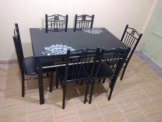 Dinning Table 6 seater image 1