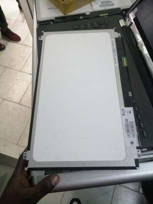 Laptop screen 15.6 inches