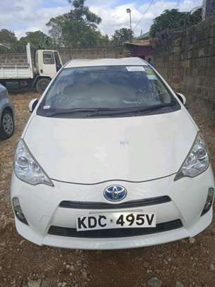 Toyota Aqua 2014 image 1