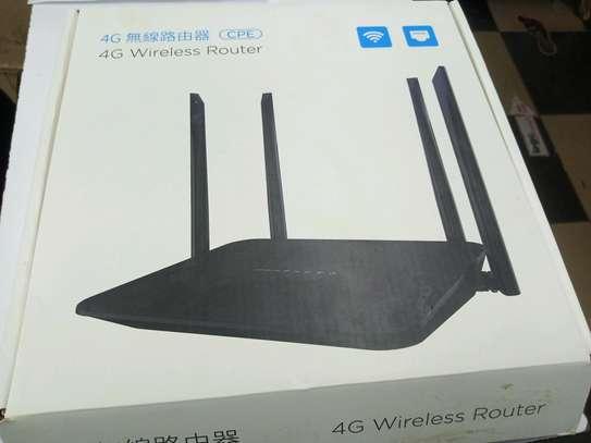 BUY 4G WiFi router black 4 antenna Model: LT210F Faiba 4g-Safaricom, Airtel , Telkom Universal 4G Router image 1