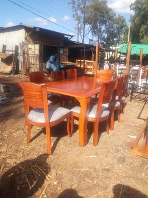 Solid Wood 6 Seater Dinning Table