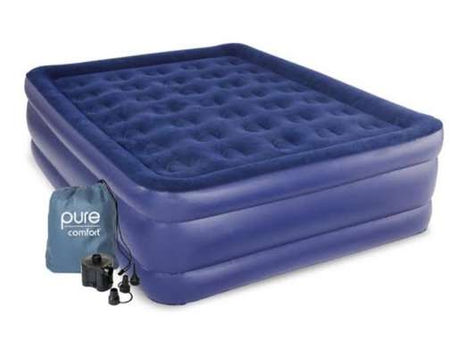 5*6 Queen Size Inflatable Mattress image 1