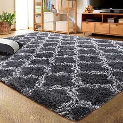 GENERIC SOFT FLUFFY PATCHED CARPETS image 2
