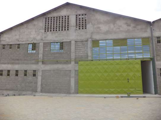 10000 ft² warehouse for rent in Juja image 7