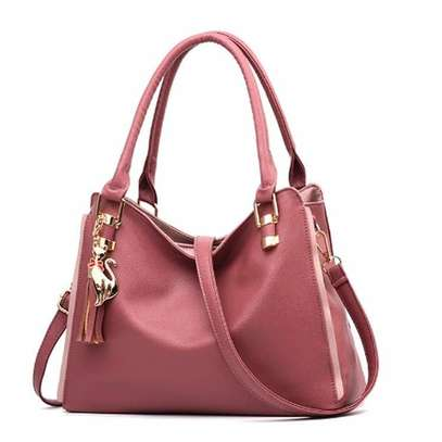 Beautiful & Stunning Peach shoulder bag image 1