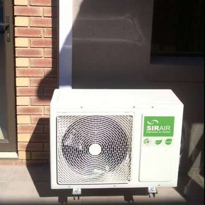 Air-Conditioning service|Best Aircon Repair,Installation & Aircon Gas Top Up. Service Guaranteed. image 2