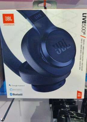 JBL LIVE 500BT- AROUND-EAR WIRELESS HEADPHONE WITH NOISE CANCELLATION image 1