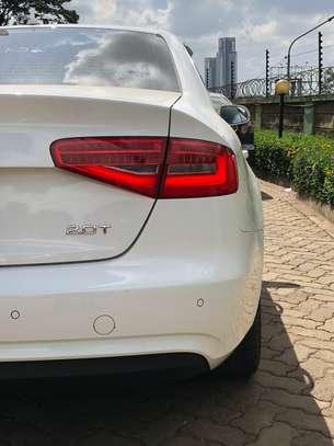 Audi A4 2.0T 2013 image 10