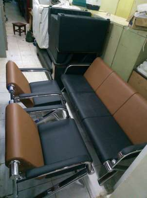 5 Seaters Office Chairs