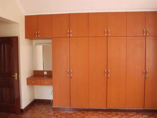 Lavington - Flat & Apartment image 27