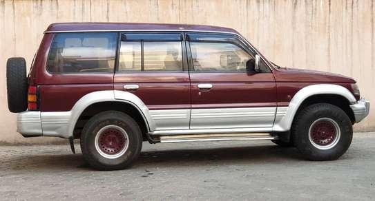 Mitsubishi Pajero image 8