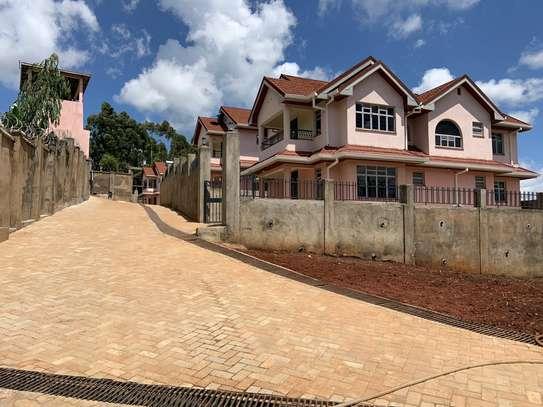 Homes image 12