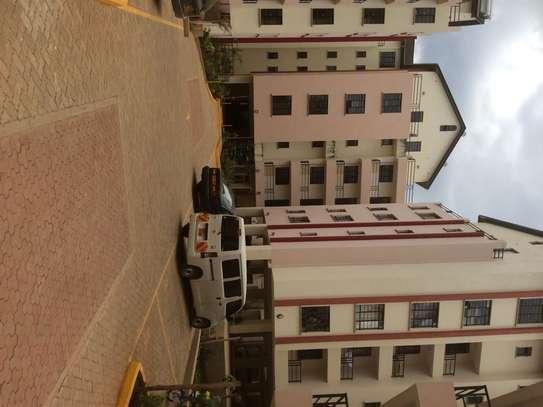 Ruaka - Flat & Apartment image 11