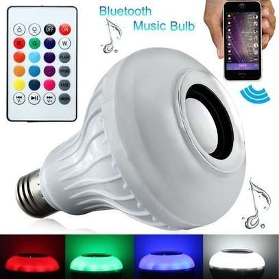 Color Bulb Light Bluetooth Control Smart Music Audio Speaker - White. image 1