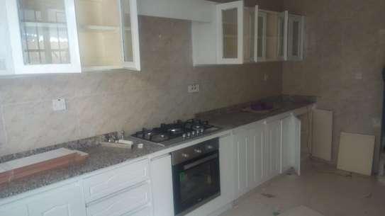 kitchens image 1