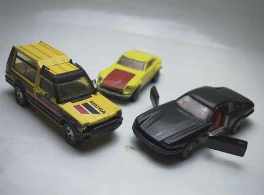 Metalic Diecast Toy cars image 1