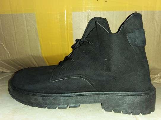 Unisex boots image 1
