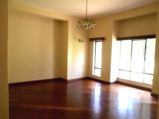 4 bedroom townhouse for rent in Karen image 8