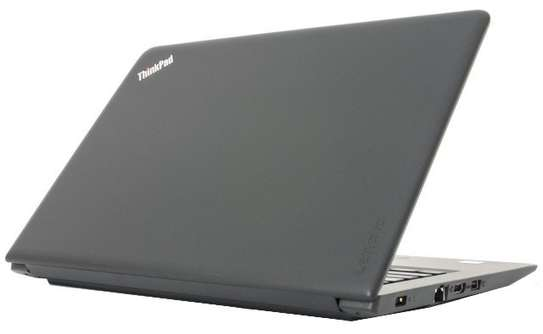 Lenovo E570 Core i5 4GB 500 GB image 2