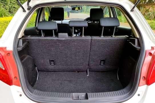 Mazda Demio image 2