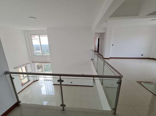 5 bedroom apartment for rent in General Mathenge image 4