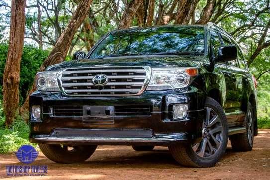 Toyota Land Cruiser image 14