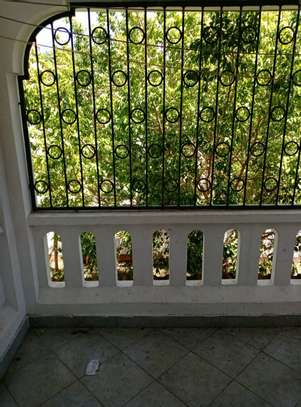4 br house for rent in Nyali inside a gated community image 12