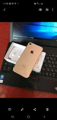 Apple Iphone 7 Mint 256 Gigabytes Model Under Warranty image 1