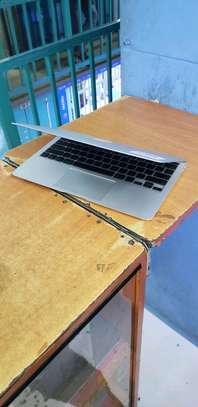 MACBOOK AIR  Laptops image 2