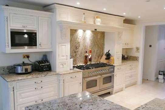 Kitchen royale image 1