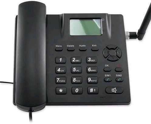Gsm landline deskphone image 1