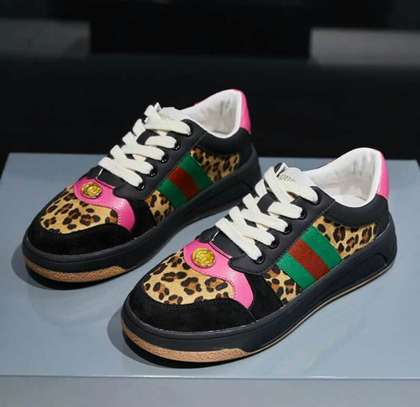 Unisex Gucci Sneakers image 2