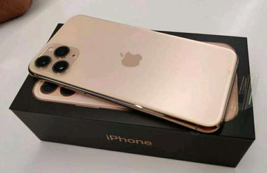 Apple Iphone 11 Pro ➕ 512Gb  ➕ Gold image 2
