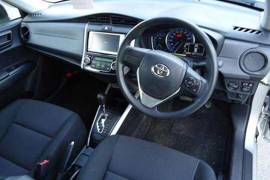 Toyota Fielder image 9