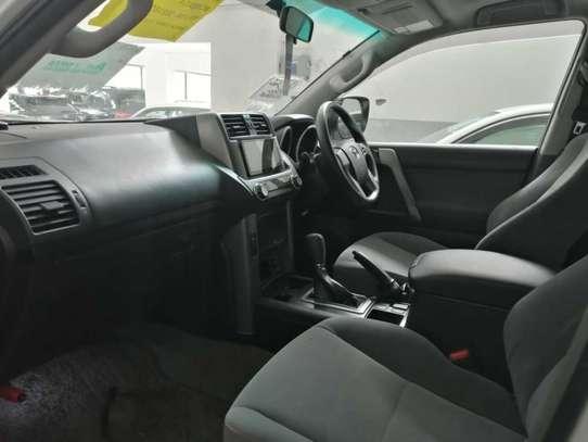 Toyota Land Cruiser Prado TX-L image 16