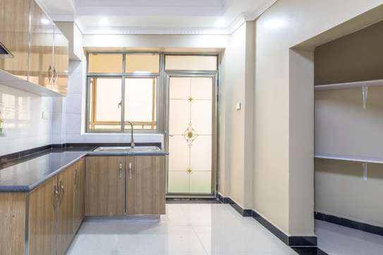 Furnished 4 bedroom apartment for rent in Kilimani image 4