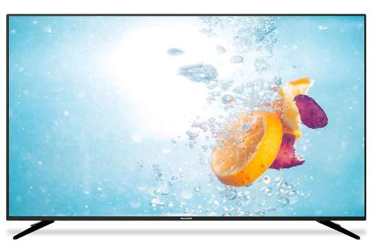 Skyworth 32 inches smart android frameless tv